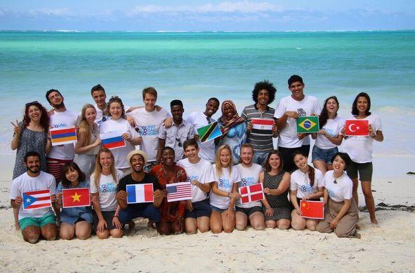 Грант: Образовательная программа для будущих лидеров Young Global Pioneers